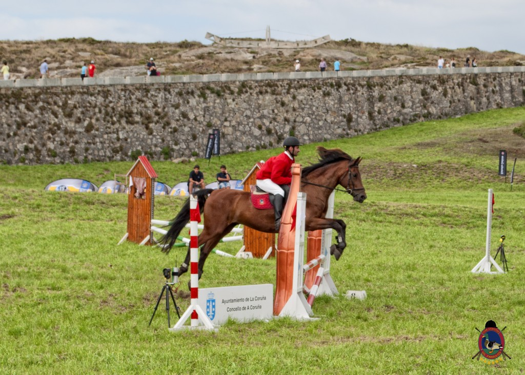 Torre De Hercules_clases de equitación_Os Parrulos_hípica La Coruña_montar a caballo_Pedro Vale.17