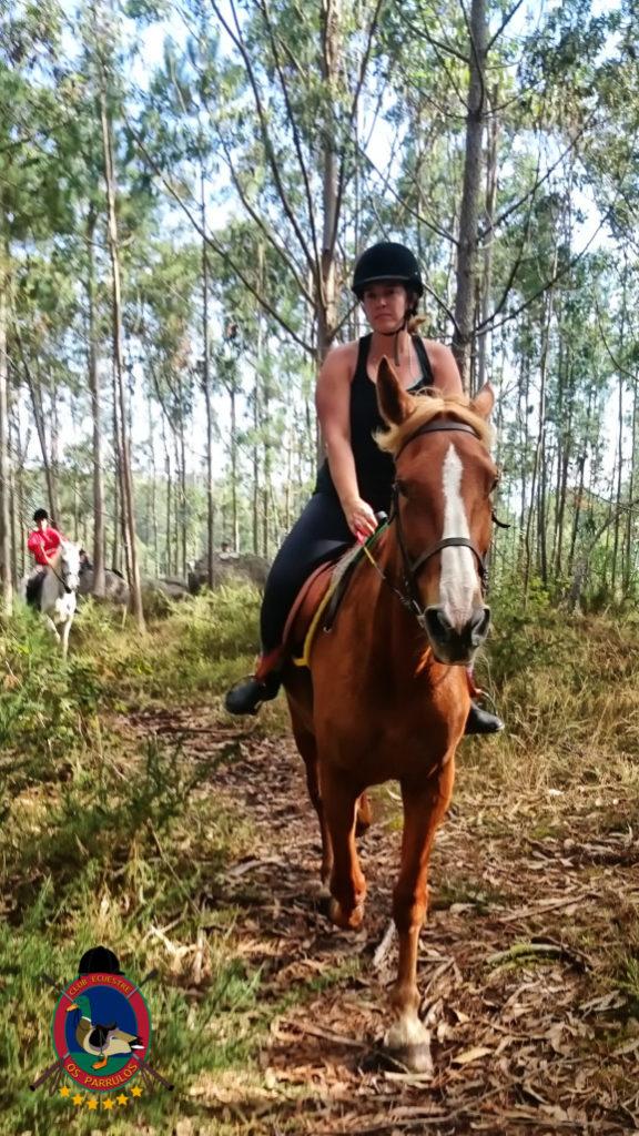 rutas-a-caballo_clases-de-equitacion_hipica-la-coruna_os-parrulos_caballos_r13