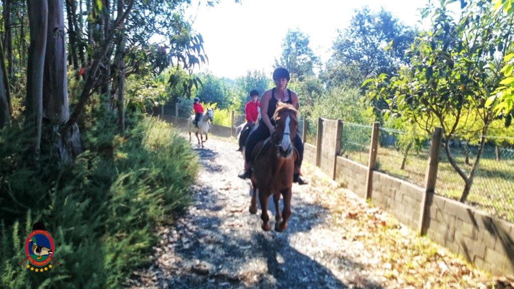 rutas-a-caballo_clases-de-equitacion_hipica-la-coruna_os-parrulos_caballos_r19