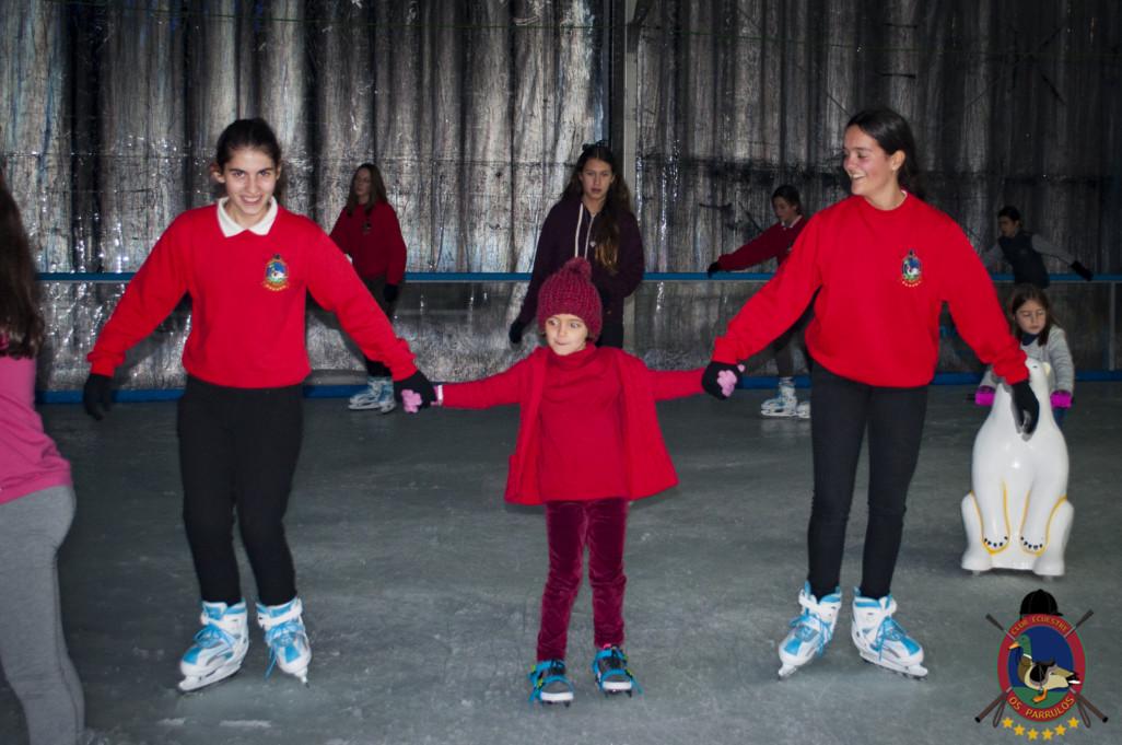 Os Parrulos_patinaje sobre hielo_13